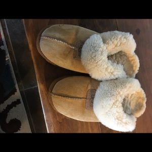 Ugg Slippers -size 9